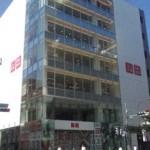 """10月3日""""地域密着型""""マーケティングを展開する「ユニクロ 吉祥寺店」がオープンするらしい"""